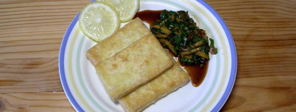 Тофу, обжаренный на сковороде